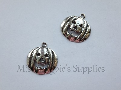 SILVER TONE - PUMPKIN - HALLOWEEN - PACK OF 5