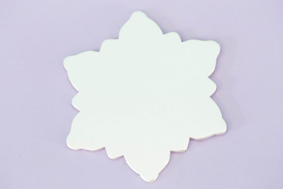#147 - LARGE SNOWFLAKE ORNAMENT 2.75
