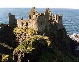 Dunluce Castle (1 Mile)