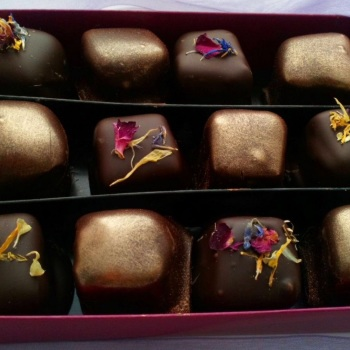 Box of 12 Dark Chocolate Turkish Delight