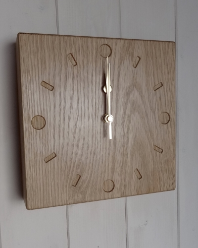 OAK Numbers clock (Dot&Dash)