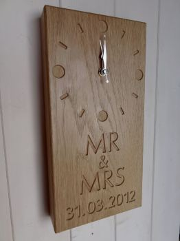 OAK Mr & Mrs clock