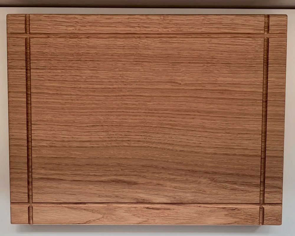 SOLID OAK CHOPPING BOARD