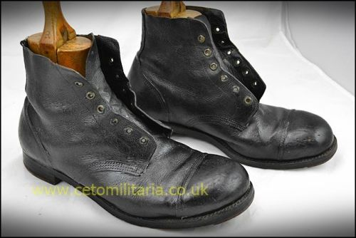 Boots - 1940 (12M)