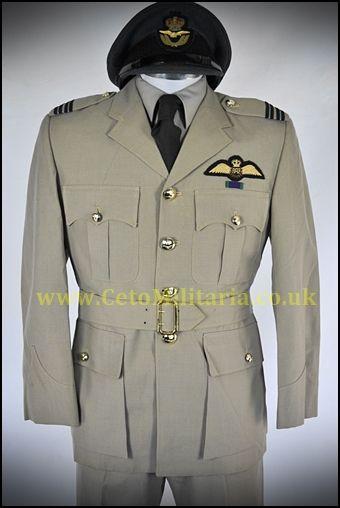 RAF No6 Flt.Lt Pilot (37/38C, 32W)