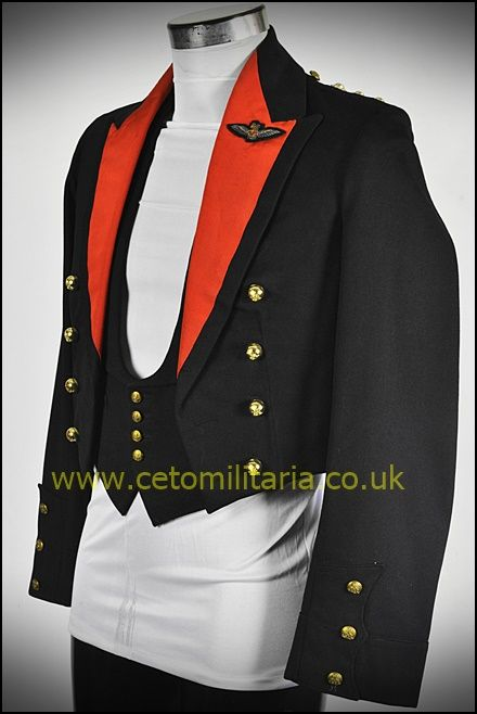 Royal Artillery Mess 1935 ()