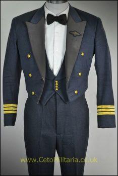 RAF No5 Mess Wg.Cdr Pilot (36/37C 30W)