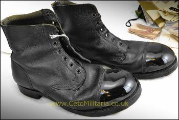 Boots - Ammo (10L)