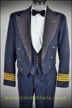 RAF No5 Mess Wg.Cdr Pilot (38/40C 35W)
