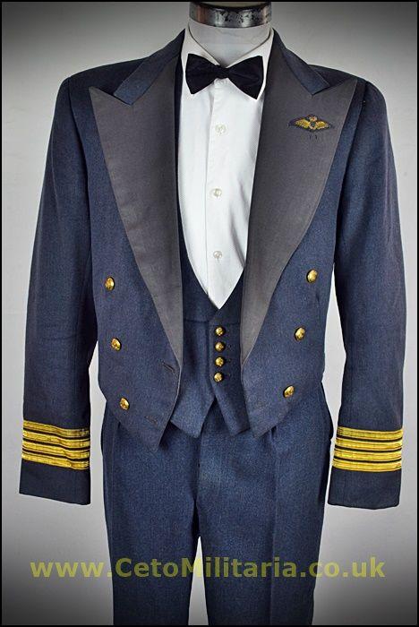 RAF No5 Mess Wg.Cdr Pilot ()