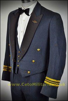RAF No5 Mess Sqn Ldr Pilot (40/41C 33W)