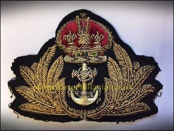Cap Badge, Officer King's Crown