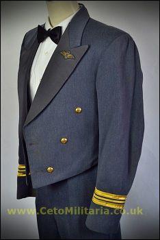 RAF No5 Mess Sqn Ldr Pilot (36/37C 30W)