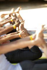 SMALL Yoga dhanurasana