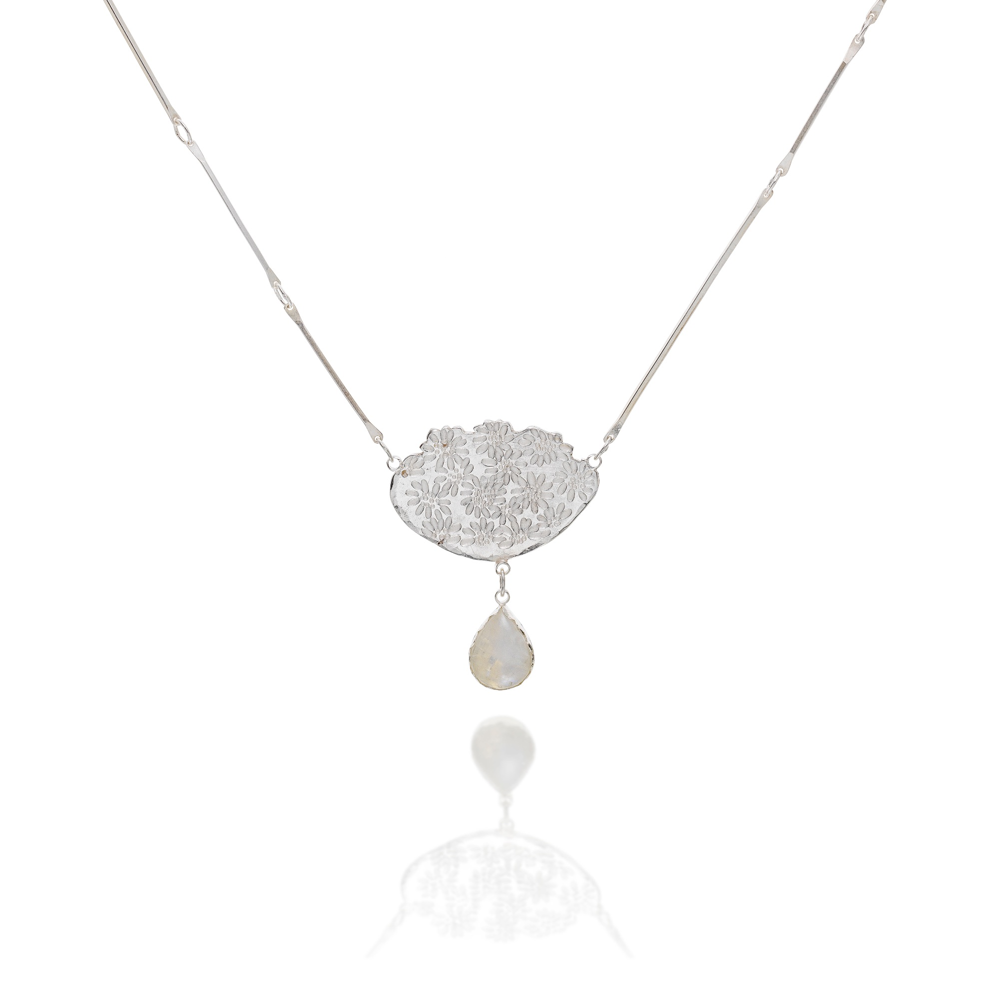 cathy-newell-price-Daisy-Necklace-Moonstone