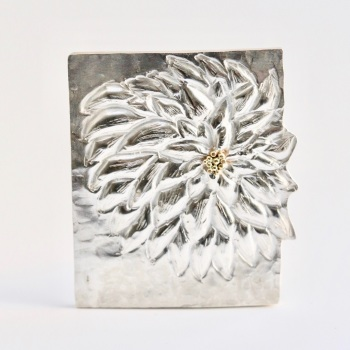 Chrysanthemum Brooch