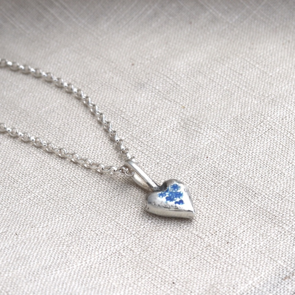 Forget-me-not Flower Silver Heart Necklace on Silver Belcher Chain