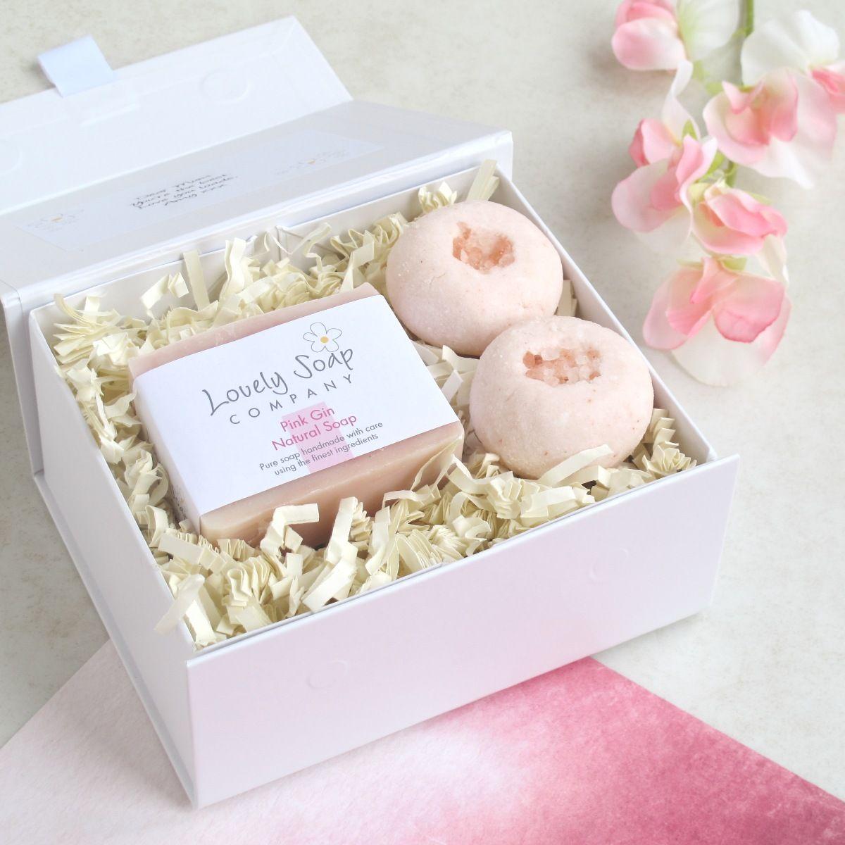pink gin bath gift set