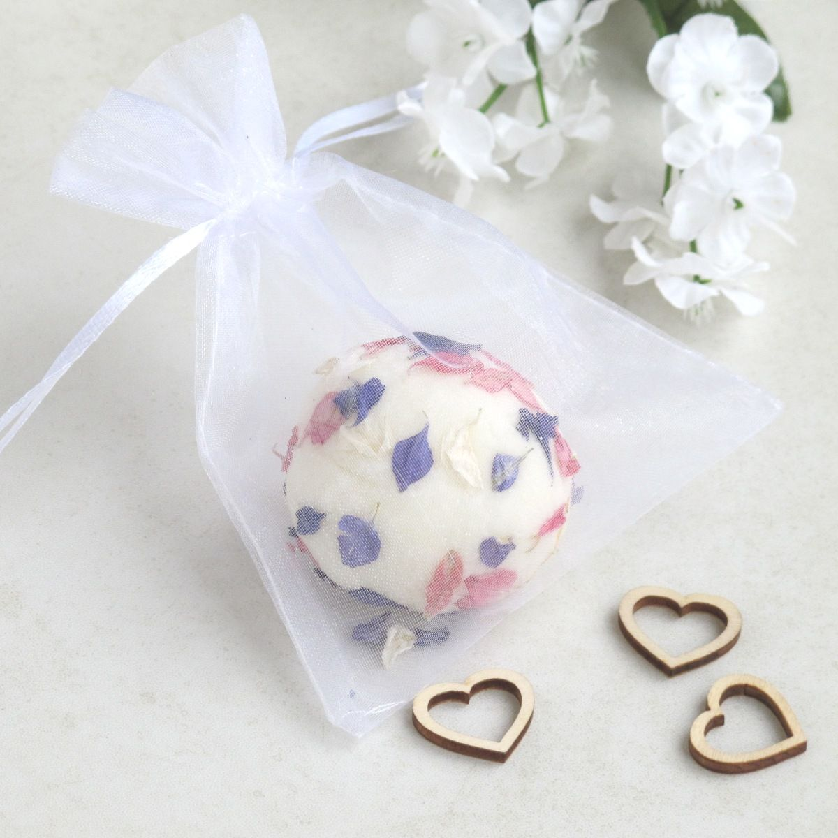 unusual wedding favours beauty wedding favour bath truffle