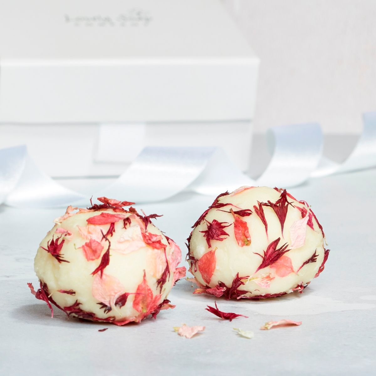 wedding favours bridesmaid gifts and wedding gift ideas