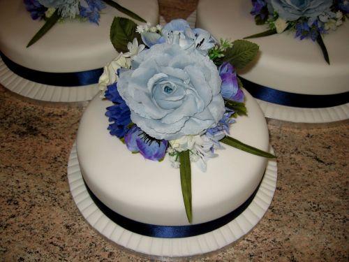 Blue rose cakes
