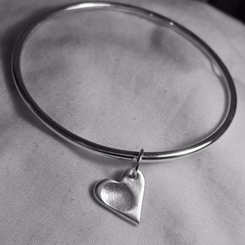 Classic bangle with fingerprint charm
