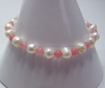 White Pearl & Pink Quartzite Bracelet