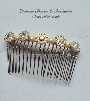 Round Diamante Flower & Pearl Hair Comb