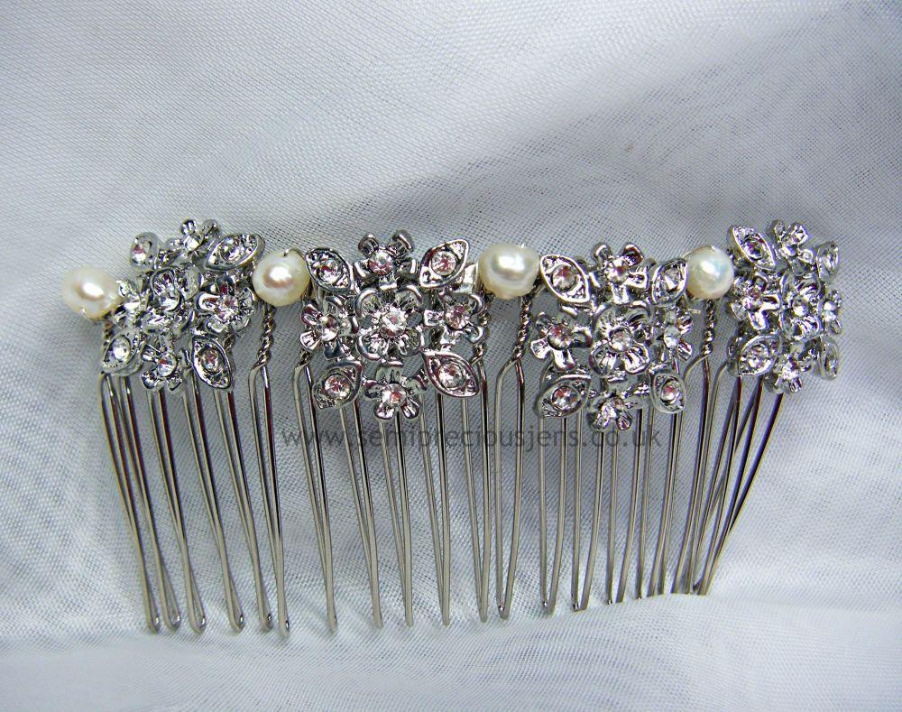 Diamante Flowers & Pearl Hair Comb