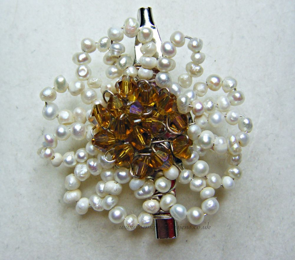 White Pearl & Gold Preciosa Flower Brooch