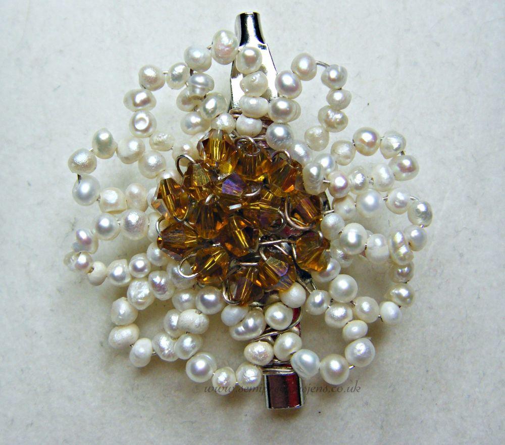 White Pearl & Gold Preciosa Flower Brooch