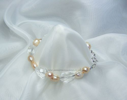 Pale Pink Freshwater Pearl & Faceted Teardrop Bracelet