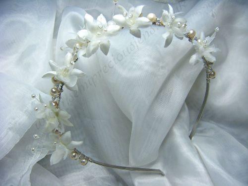 White Pearl & Baby's Breath Flower Tiara
