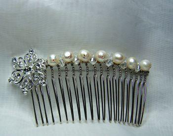 Diamante Heart Flower & Pearl Hair Comb