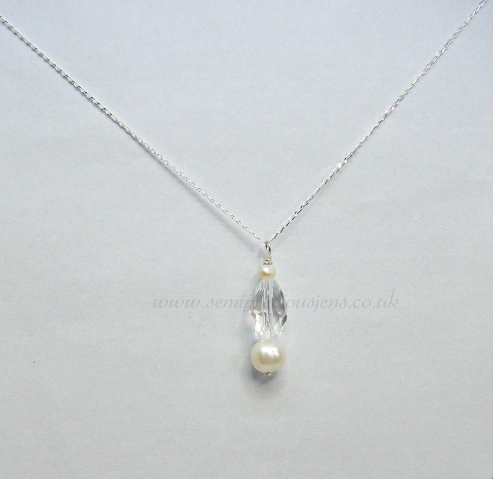 White Freshwater Pearl & Faceted Crystal Pendant Necklace