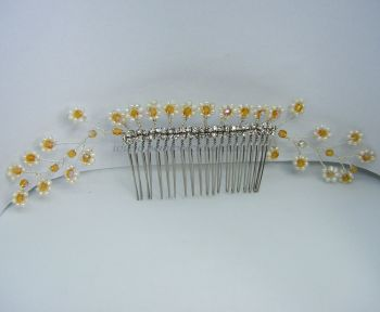 "White Pearl, Gold Preciosa & ""Diamante"" Hair Comb"