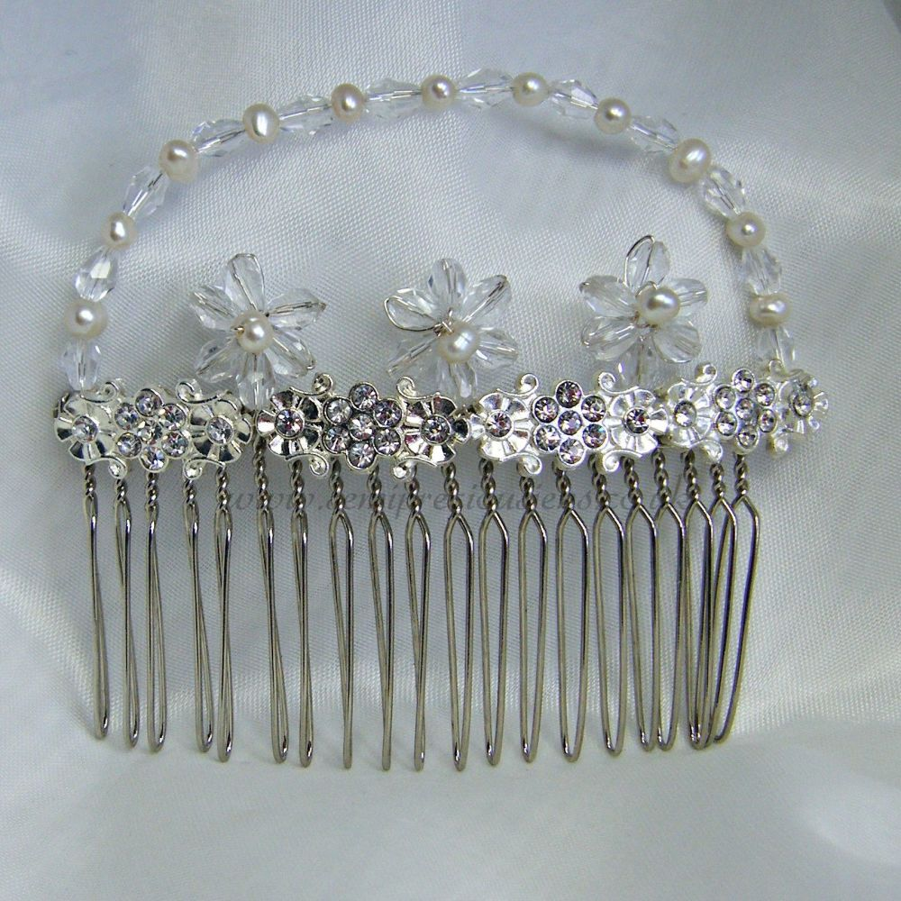 Diamante & Freshwater Pearl Hair Comb