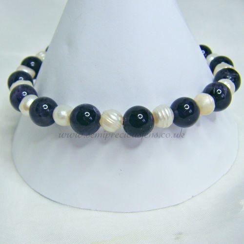 Amethyst and Pearls Bracelet