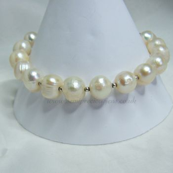 White Potato Pearl Bracelet