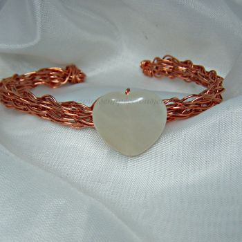Bowenite Heart Copper Wire Bangle