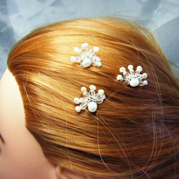 3 Pack of Pearl & Sparkle Hair Pins 2