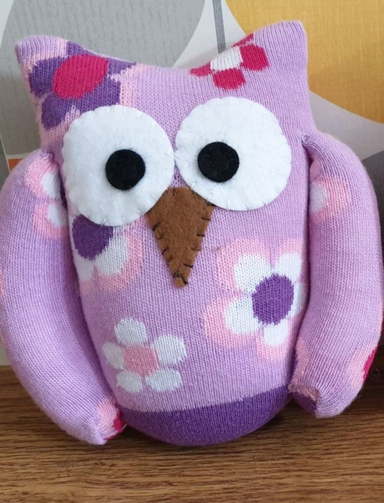 Lilac Sock Owl Flower Design