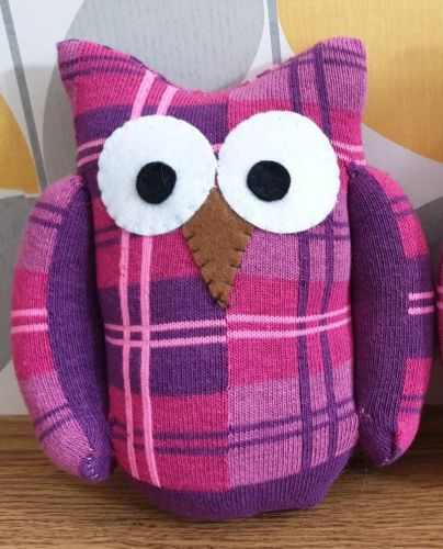 Sock Owl Pink/Purple Tartan Design