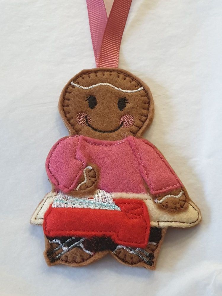 Ironing Lady Gingerbread