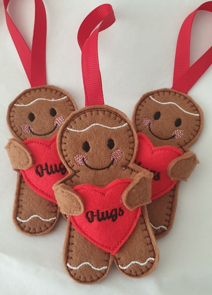 HUGS Heart Gingerbread