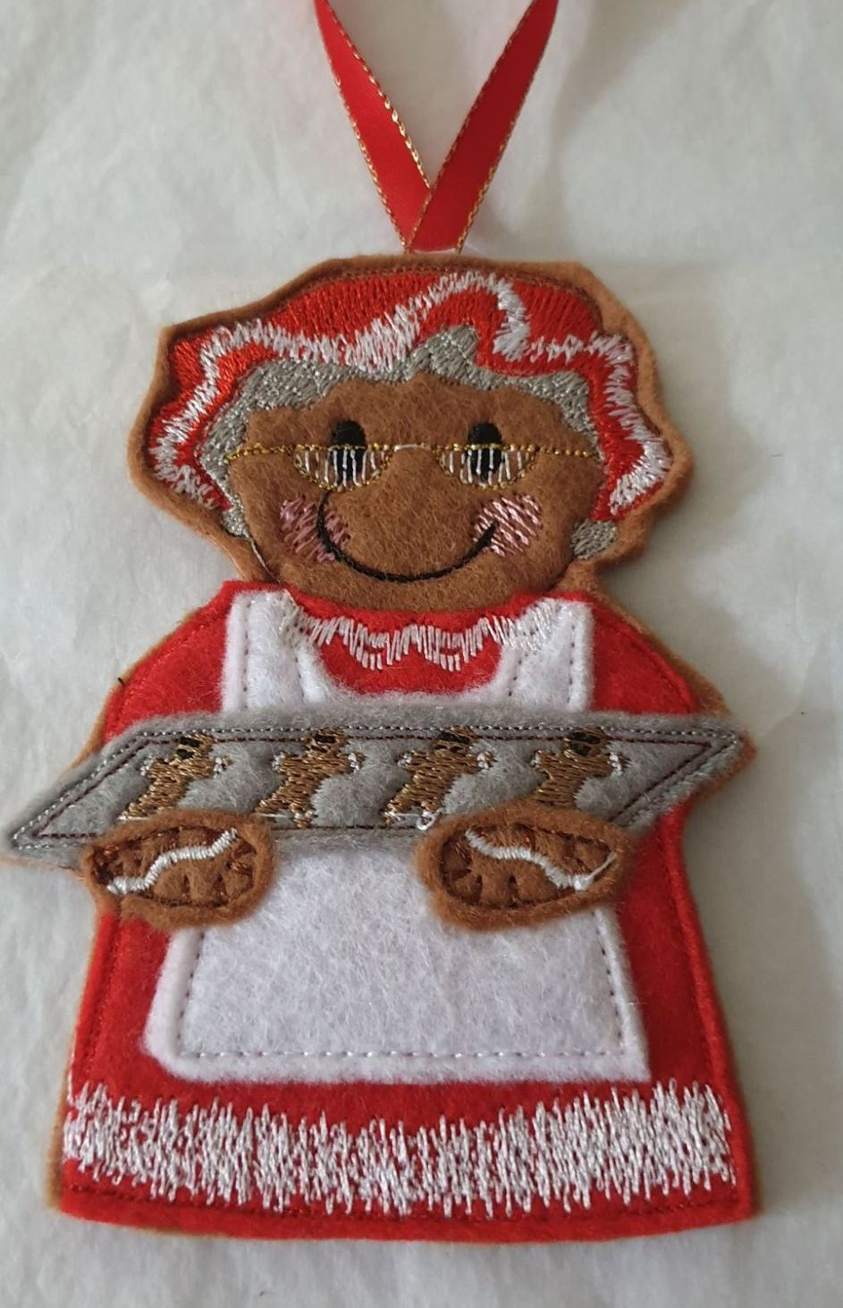 Christmas Mrs Claus Baking Gingerbread