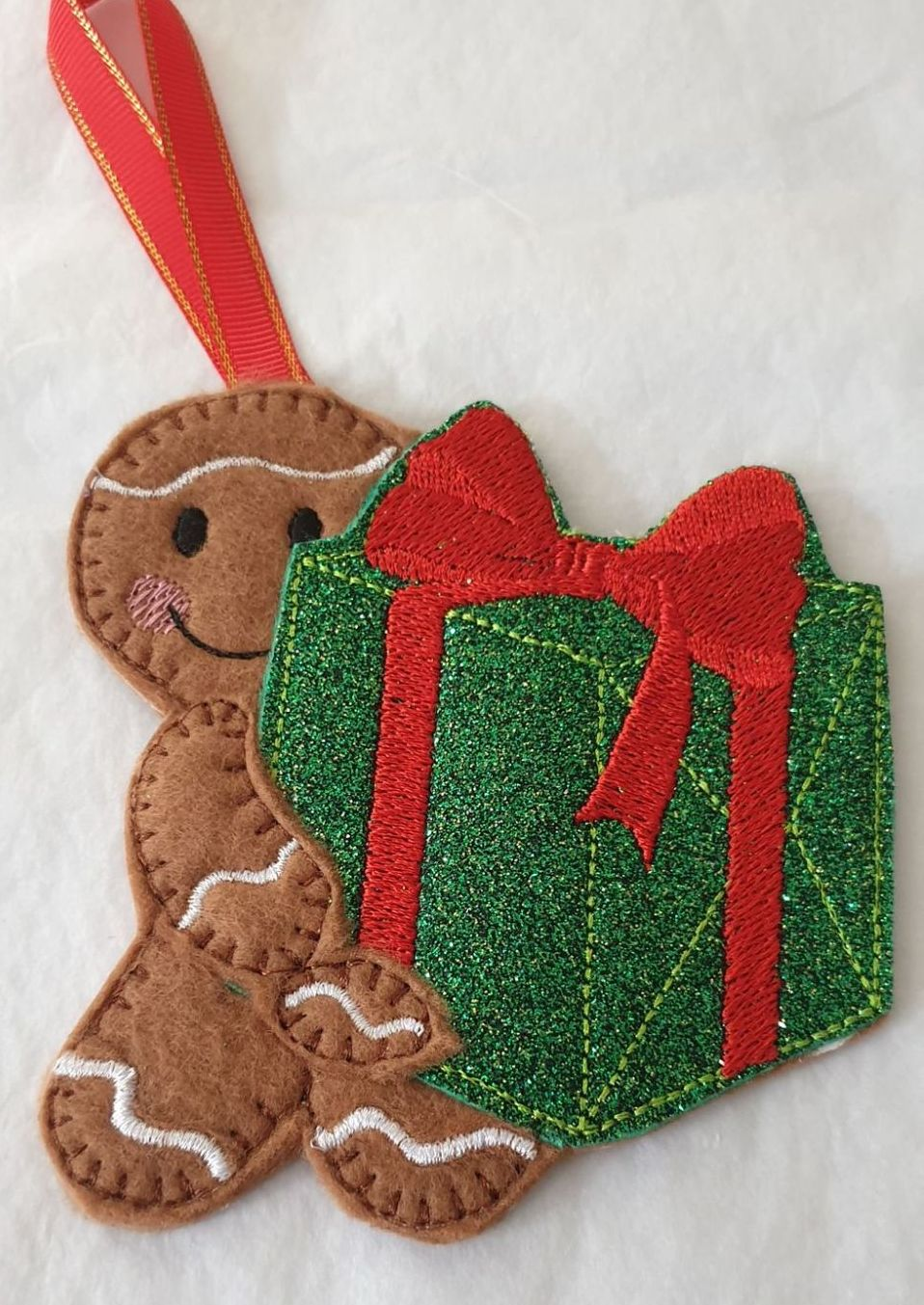 Christmas Present Gingerbread