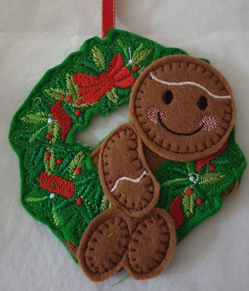 Christmas Swinging in the Wreath  Gingerbread