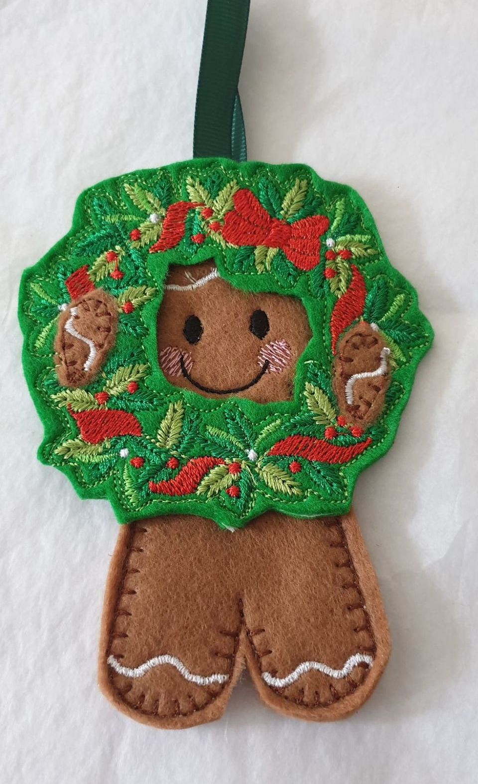 Looking through the Christmas Wreath Gingerbread