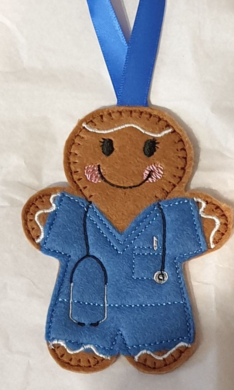 Nurse / Doctor Hosiptal worker  Scrubs with stethoscope Gingerbread